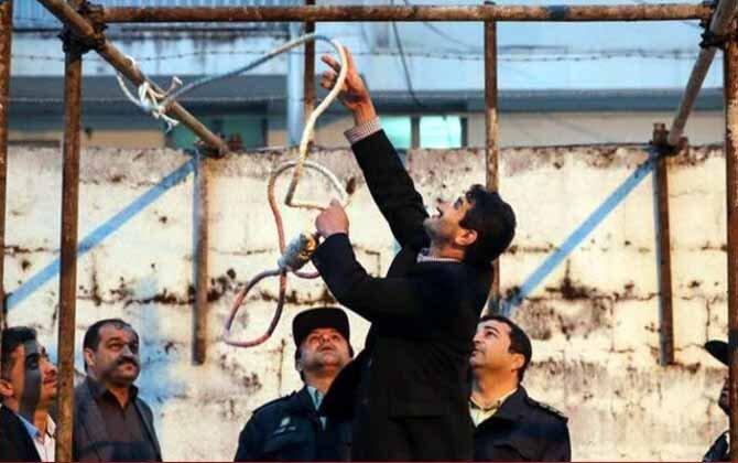 اعدام جمعی ۸ زندانی در زندان رجاییشهر کرج