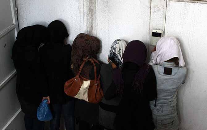 بازداشت ۶۸ دختر و پسر جوان در مهمانی شبانه